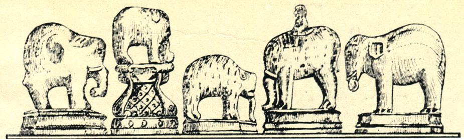 Русские шахматы XVI века: фигуры слонов, выполненные из слоновой <a class=