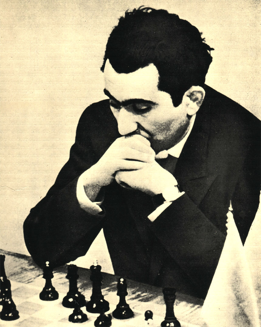 Тигран Петросян, завоевавший в 1963 г. в матче с Михаилом Ботвинником звание чемпиона мира