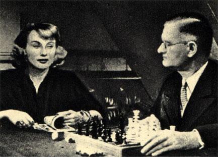 Кадр из французского фильма 'Проклятые' (1947 г.)
